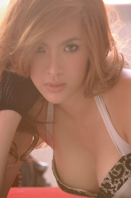Bowie Atthama Chiwanitchaphan - สาวไทย 16